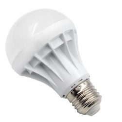 Energiatakarékos LED izzó égő fehér 7W E27